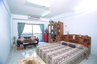 Apartment in the center of Bangkok Safe, Economical and Luxurious (Eng,Jpn)